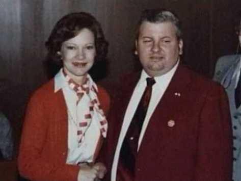 Serial Killer John Wayne Gacey with President Jimmy Carters Wife Rosylyne Carter